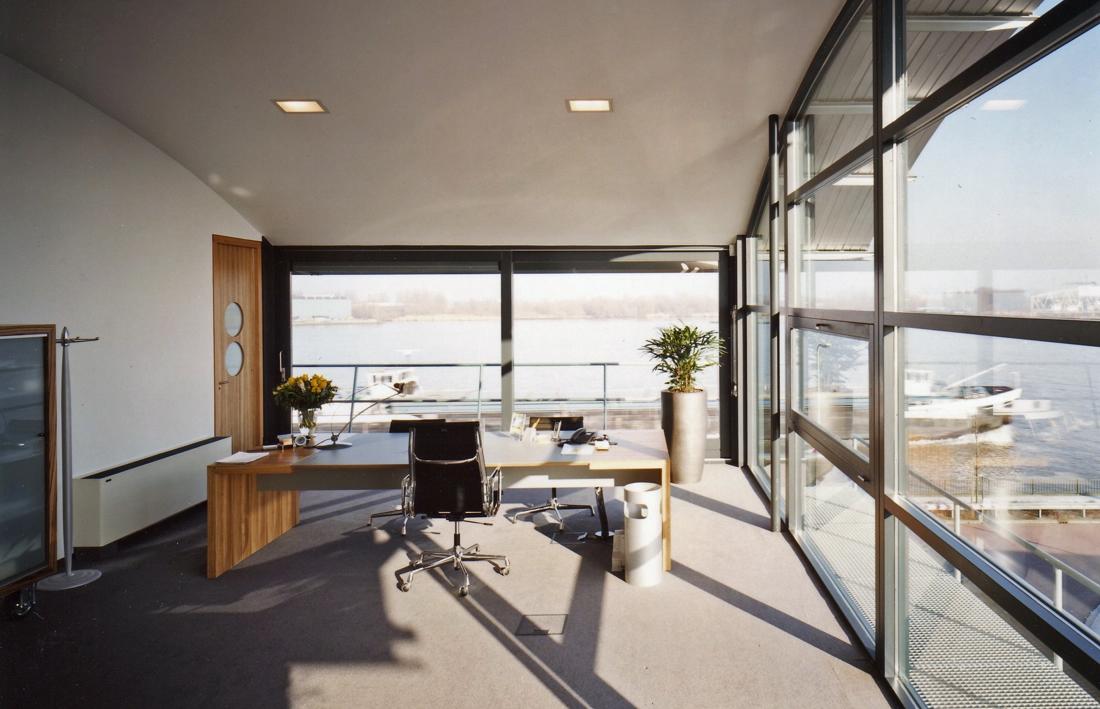 Moen & van Oosten - Optoppen kantoorgebouw